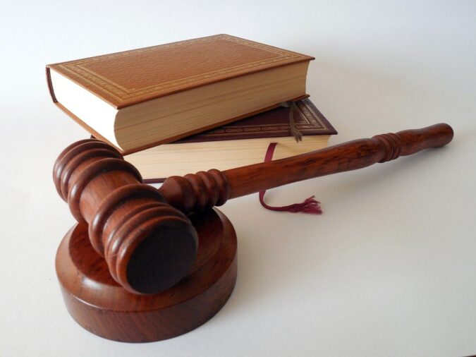 Młotek sądowy